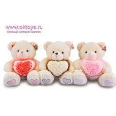 Медведь с сердечком в оборках