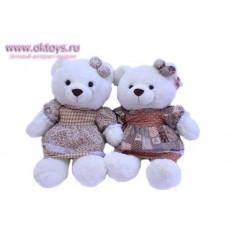 Медведица с заколкой на ушке - музыкальная игрушка