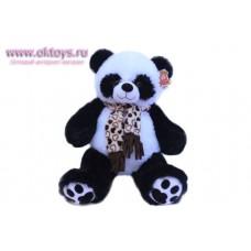 Панда в бежевом шарфе с сердечками - музыкальная игрушка