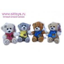 Медвежонок в цветном шарфе