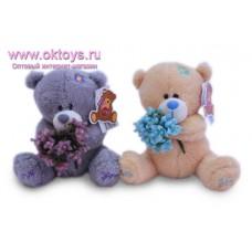 Медведь с букетом