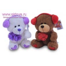 Медведь с букетом и в наушниках - музыкальная игрушка