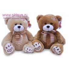 Медведь с вышитыми пяточками