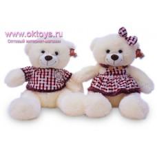 Медвежата в костюмах - музыкальная игрушка