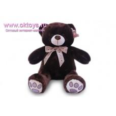 Бурый медведь с розовым сердцем