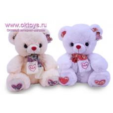 Медведь в шарфе в цветочек