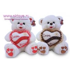 Медведь с сердечками на пятках и с сердцем с полоской - музыкальная игрушка