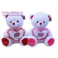 Медведь с сердечком с розами - музыкальная игрушка