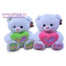 Медведь с цветным сердцем - музыкальная игрушка