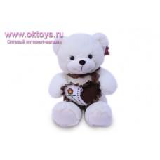Медведь с бело-коричневым сердечком