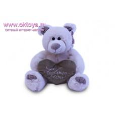 Белый медведь Семен с сердцем