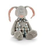 Заяц Миша в шортах