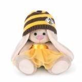 Зайка Ми в шапке с пчелкой (малыш)